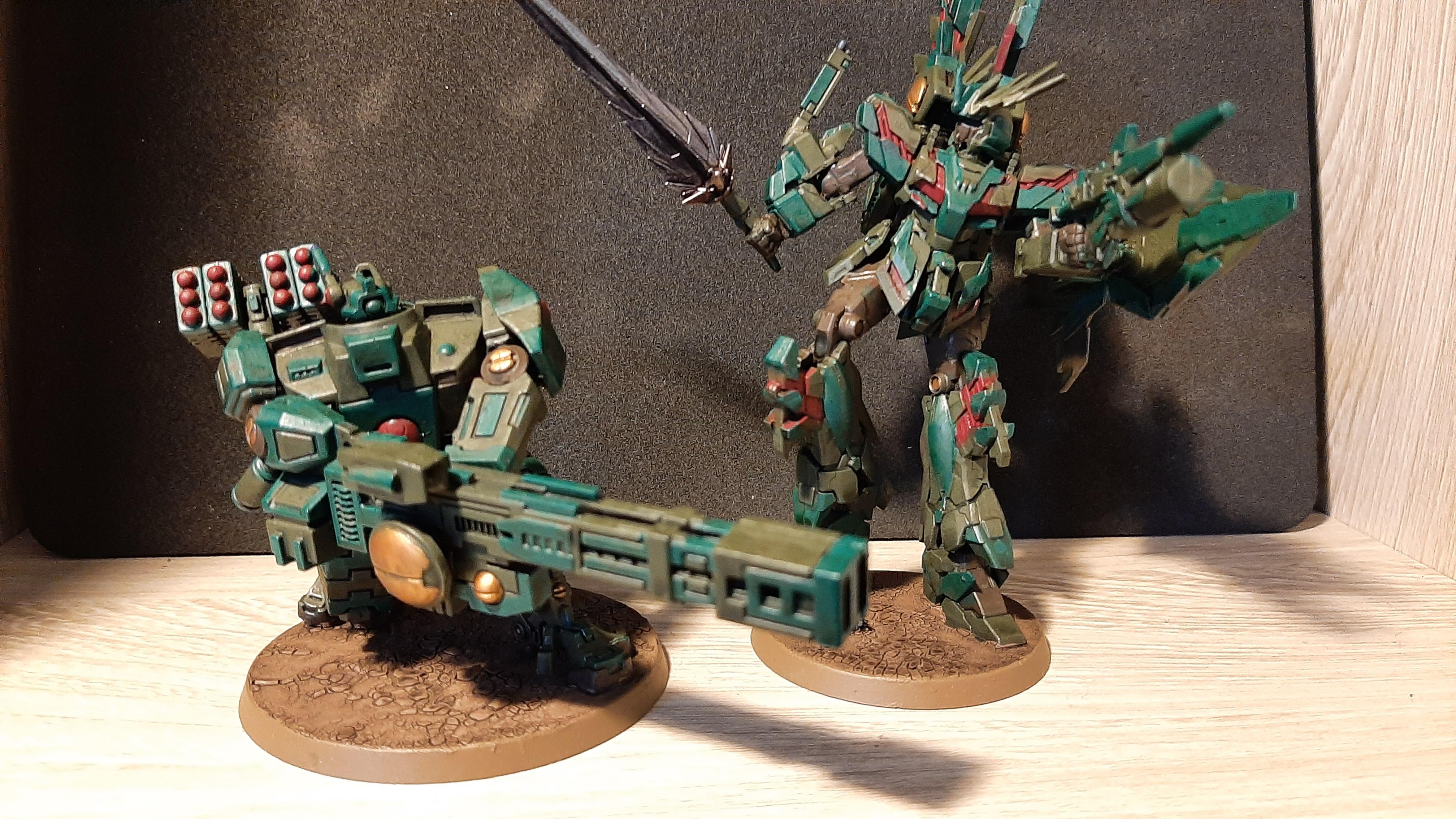 Tau Broadside and Gundam